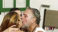 Yasmin Briza & Sub Lony awake Demi Devassa by Lony Fetiches