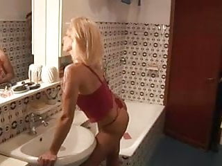 Best love sex - Mature and young boy - best love