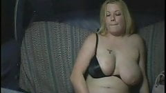 Look what this horny Chubby BBW slut does in a taxi-5
