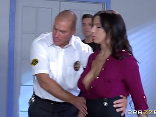 Cop fucks girl video Brazzers - cop fucks the info out of lylith l