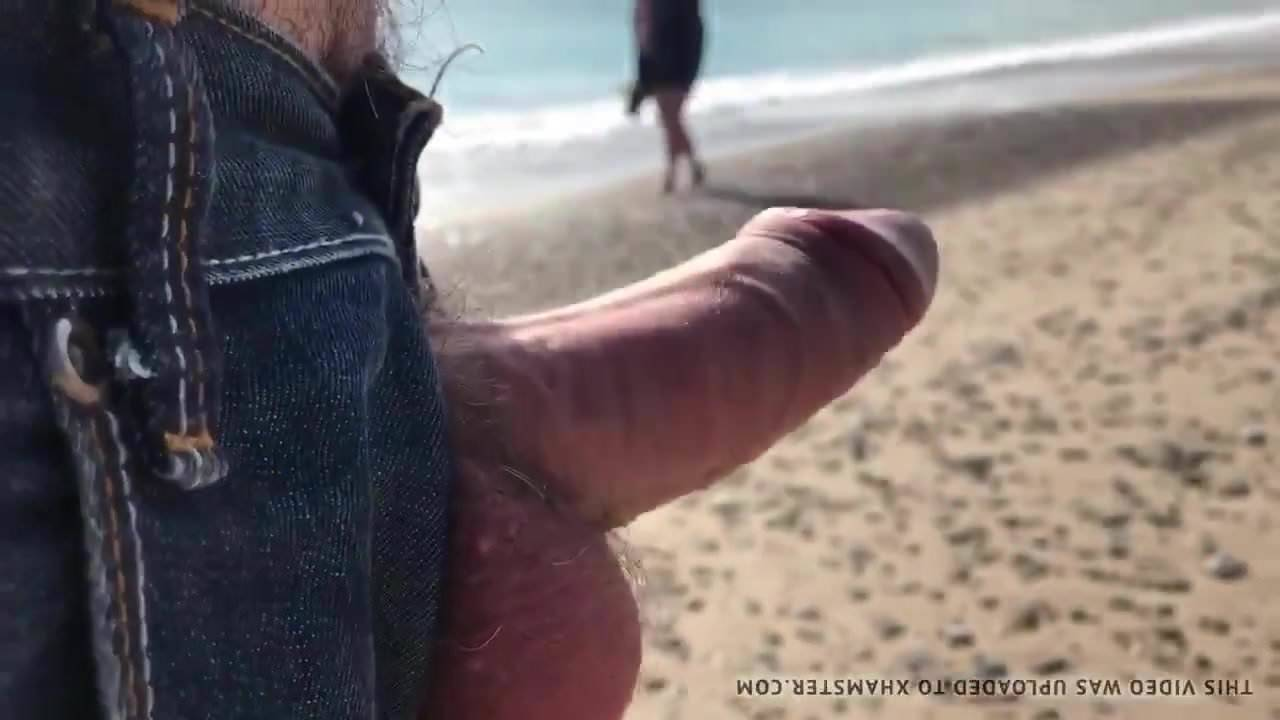Old Man Porn Xvideos flash old man beach