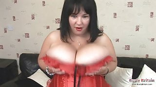 Meow 34JJ Plays With Hooters & Pussy