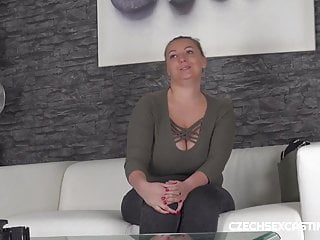 Krystal forscutt ass - Bbw krystal swift shows off her curves in a casting