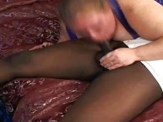 Porn star shemale Soldier deep throated by amateur porn star