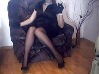 Vintage crossely turntable - Wife in nylon stockings and high heels crossing legs
