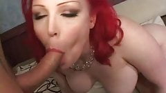 Loser and his stepmom make up with a hardcore fuck