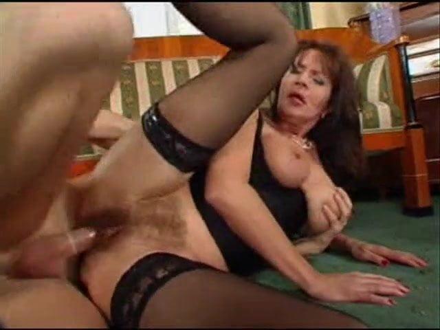 Mature Hairy Pussy Massage