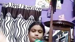 Desi Village bhabhi selfie pussy 2