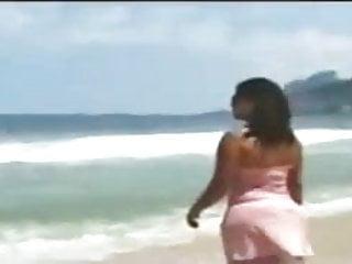 Beach en sex Madura culona en playa 2