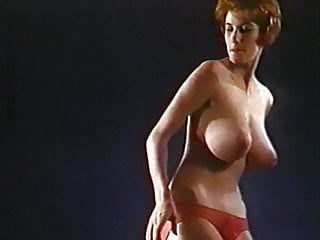 Redhead retro tube Cmon everybody - vintage jiggling huge tits dancer