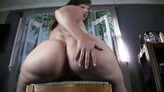 Ass Shaking Comp