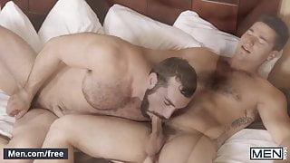 Aspen and Jaxton Wheeler - Pit Stop - Str8 to Gay - Men.com