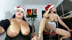 Curvy Sofie invites friends to her boobs cam show