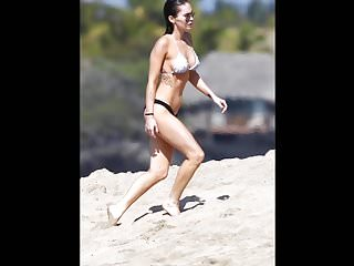 Megan fox bikini falls off video - Megan fox jerk off challenge