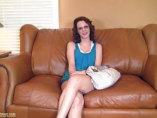 Teen couch auditions Amateur with hot body on casting couch fucked hard