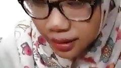 Cikgu Melayu Kuala Lumpur Sucking Indian Dick