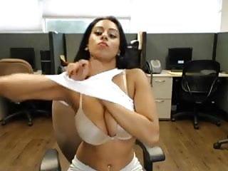 Skype swinging - Sexi desi bitch on skype 3