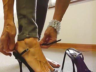 Bare gordon lady naked Mature lady bare feet high heel shoes