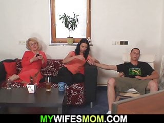 Mother finds sons dick - She finds old mother gets doggy-fucked by her boyfriend