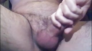 BIG BEEFY DADDY VIEW FROM BELOW