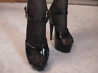 Nylon stocking footjob videos Cumming inside of a nylon stocking then putting it on