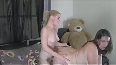 Big ass mature is getting fucked doggy