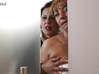 Granny sex videos with black cock Mature slut mothers takes old black cock