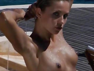 Nude modeling - Nude blonde model in the pool