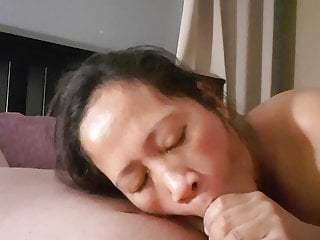 Girl not like cum in mouth Does not like cum in mouth