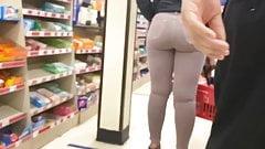 Tight ass Jeans on latina