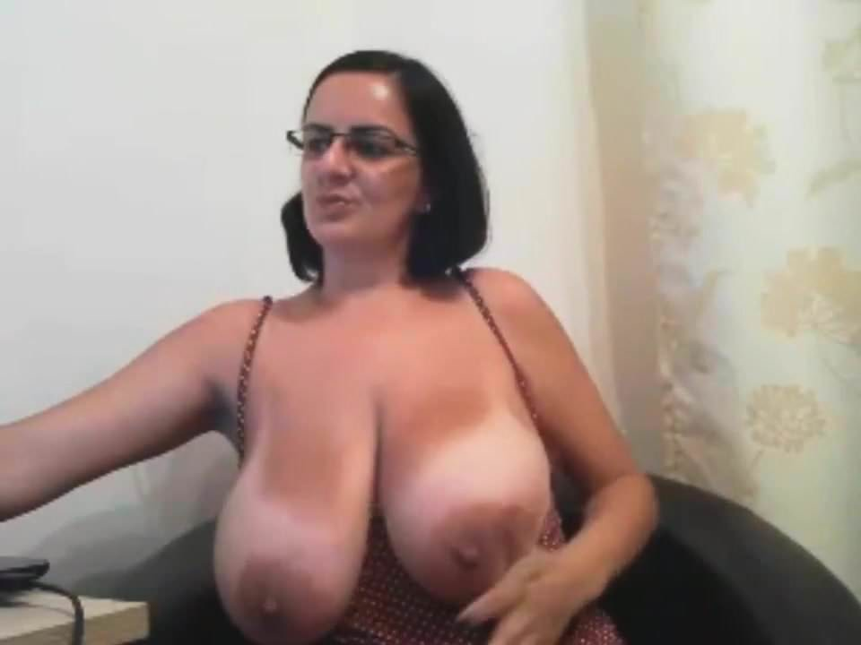 Mature Huge Natural Tits