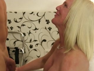 Amateur sex ideos Xxx omas - german amateur sex with big titted mature blondie