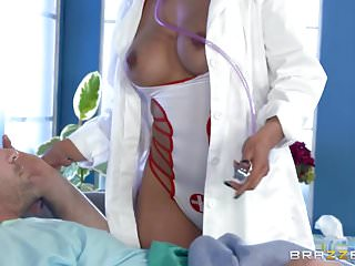 Nude kiera knighly - Brazzers - kiera rose - doctor adventures