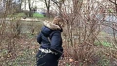 young german girl girl piss in bush