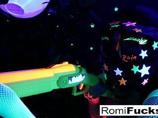 Black light penis Romi and dani lesbian black-light fun