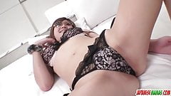 Sexy Mariko shows off her wild side - More at Japanesemamas.com