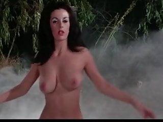 Beau garretts nude scene in turistas - Rene de beau nude 1965