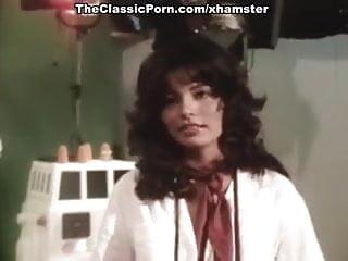 Juliet anderson sex video Juliet anderson, lisa de leeuw, little oral annie in vintage