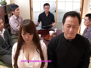 Daz sexy poses - Asian big tits sexy posing
