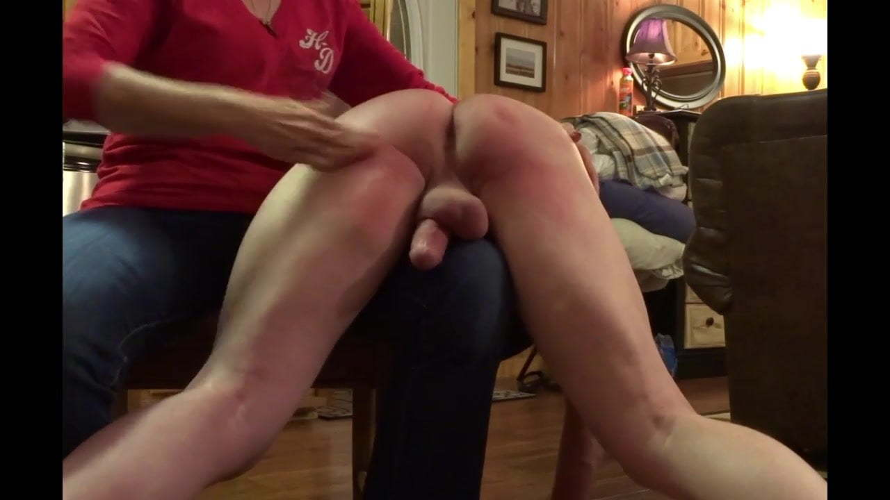 Dom spanks his sub videoclips porn full hd