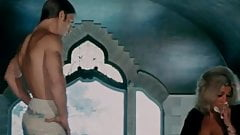 Joe Dallesandro husltes himself in Heat (1972)