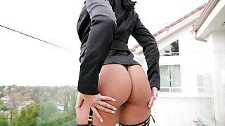 Chloe Amour's Black Cock Seduction Featuring Dredd