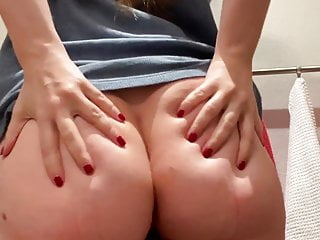 Fuck my mum videos - My mum is about to pop in the shower