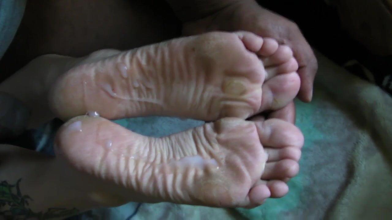 Lesbian Nylon Feet Slave