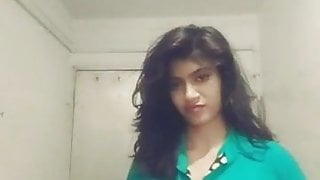 Cutest Indian woman is horny for her bf