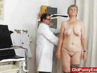 Gyno milf Milf gyno done right with a spekula