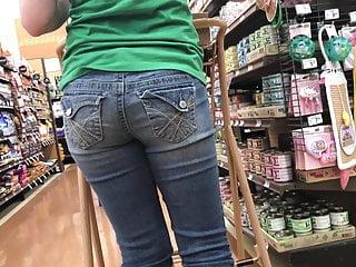 Girls in jeans ass Sleek pretty girl candid jeans ass