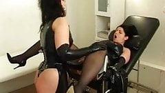 Fisting Mistress