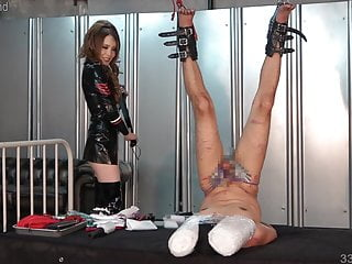 Japanese face bondage - Japanese femdom dominates a slave using his face as a chair