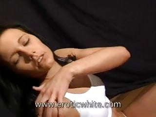 Hot teen pussy thumb - Hot teen pussy on eroticwhite.com